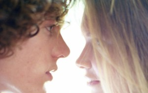 8 Thoughts Everyone Has During A First Kiss
